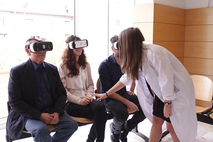 sesion en grupo realidad virtual psious